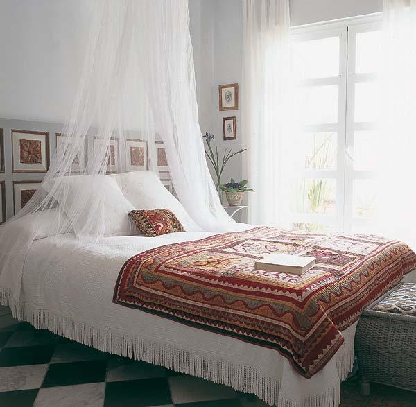 Mi rinc n de sue os camas con dosel y mosquiteras for Mosquiteras para camas