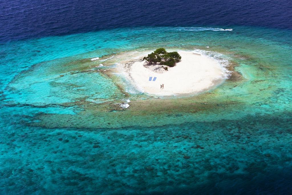 Hotel review hilton maldives iru fushi for Hilton hotels in maldives
