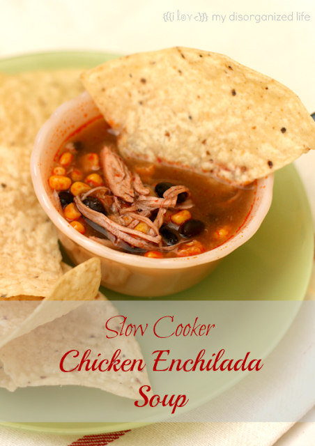 Slow Cooker Chicken Enchilada Casserole from {i love} my disorganized life #crocktoberfest2013