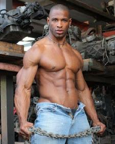 Negros Musculosos Y Super Dotados