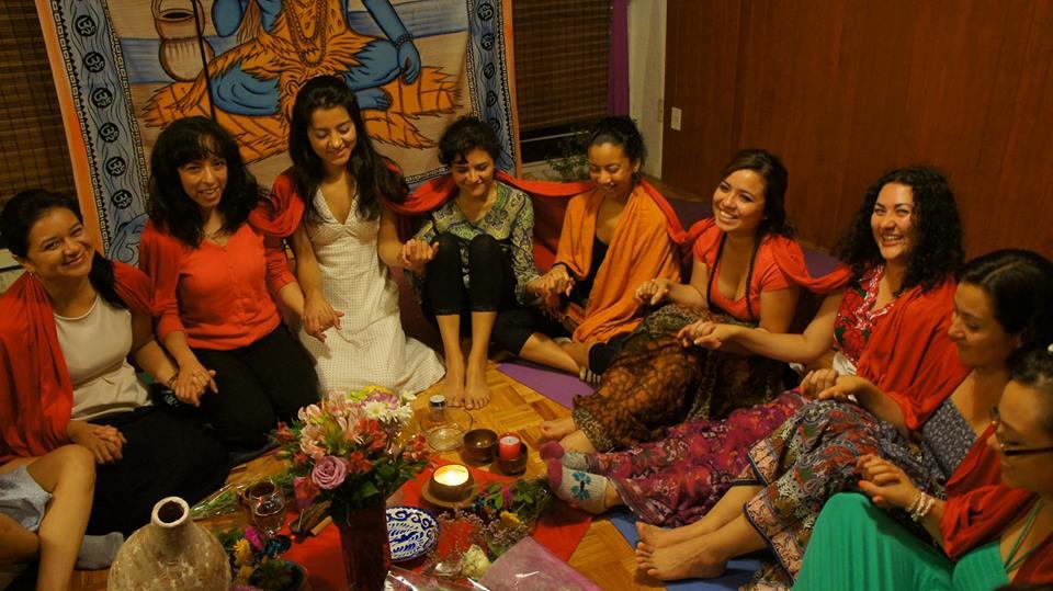 Circulo de Mujeres AURA y Danzas del Corazón