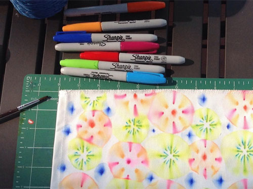 use sharpies to design fabric