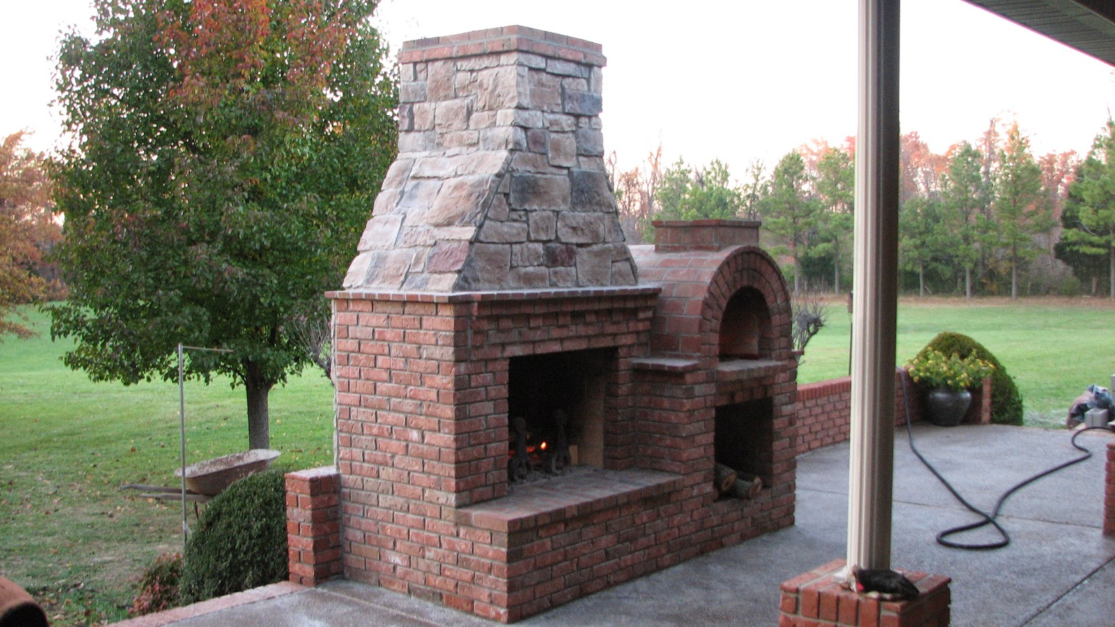 Build A Brick Pizza Oven as well Build An Outdoor Pizza Oven further ...