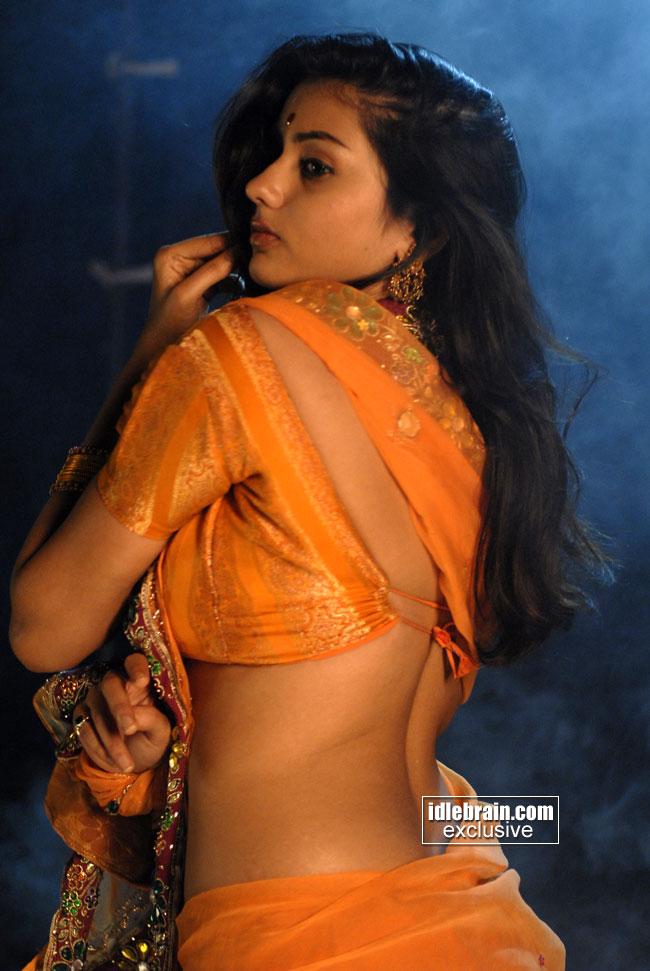 Hot Desi Mallu Aunty Latest Blouse Show Without Saree Stillshot Desi