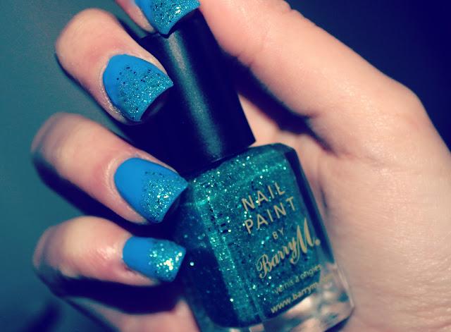 gradiant glitter nails-nail art-ombre glitter nails-topshop AWOL nail polish-Barry M Aqua Glitter Nail Polish-Nails-UK Beauty Blog-Couture Girl Blogspot-Beauty Blogger