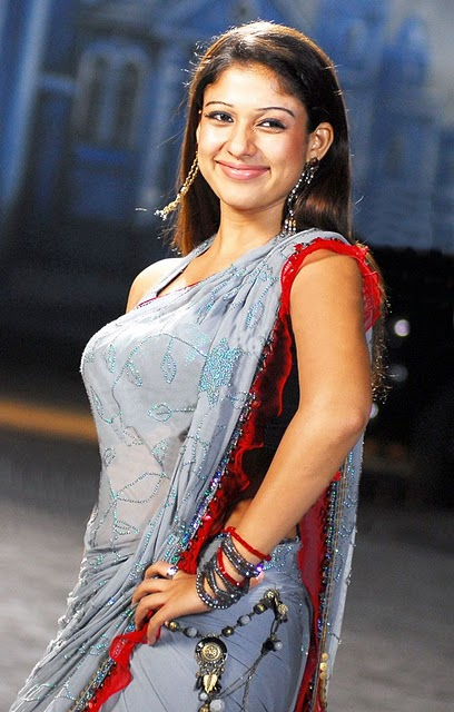Nayanthara Very Hot In Saree