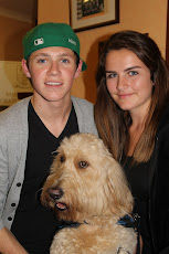 One Direction&#39;s Niall Horan with Clive and Murray&#39;s sister at the IAA Golf Outing ...