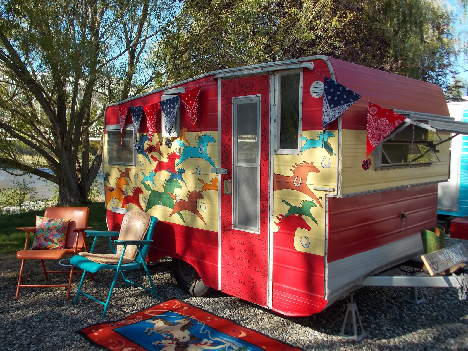 Girl camping trailer decoration ideas Travel trailer decorating ideas