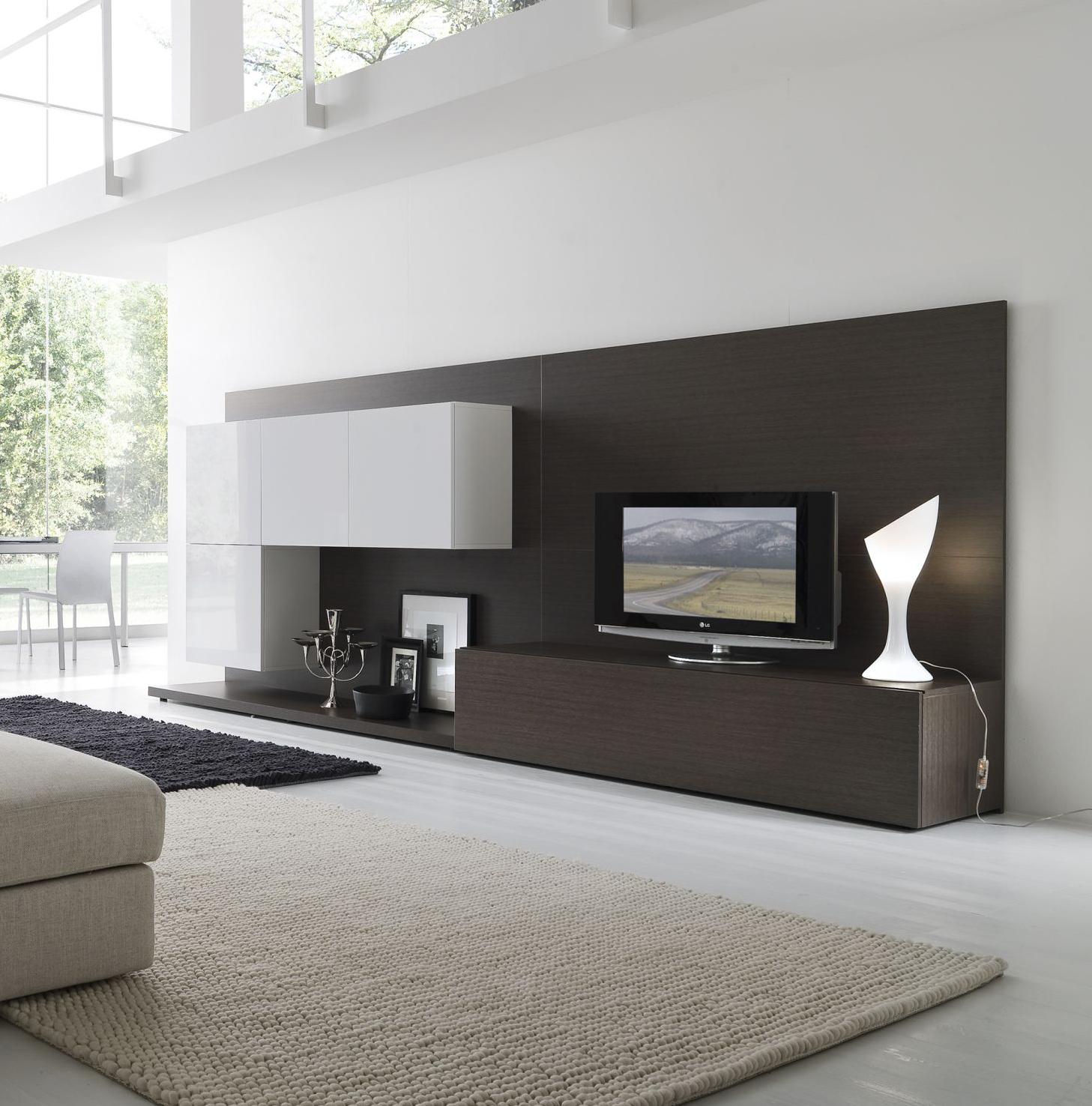 http://1.bp.blogspot.com/-rChRlwlJLPE/T7-gvyrM6bI/AAAAAAAAAjs/yyfLZ9sYWY8/s1600/Minimalistic-Living-Room-Interior.jpg
