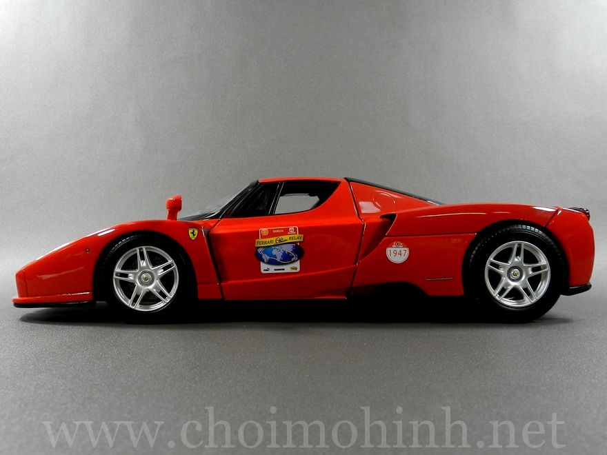 Ferrari Enzo 60TH Anniversary 1:18 Hot Wheels side