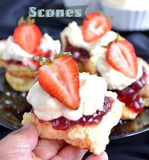 http://www.eatasyoulike.com/2015/07/scones-egg-free.html