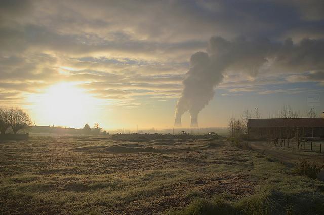 Nucléaire : le paradoxe français