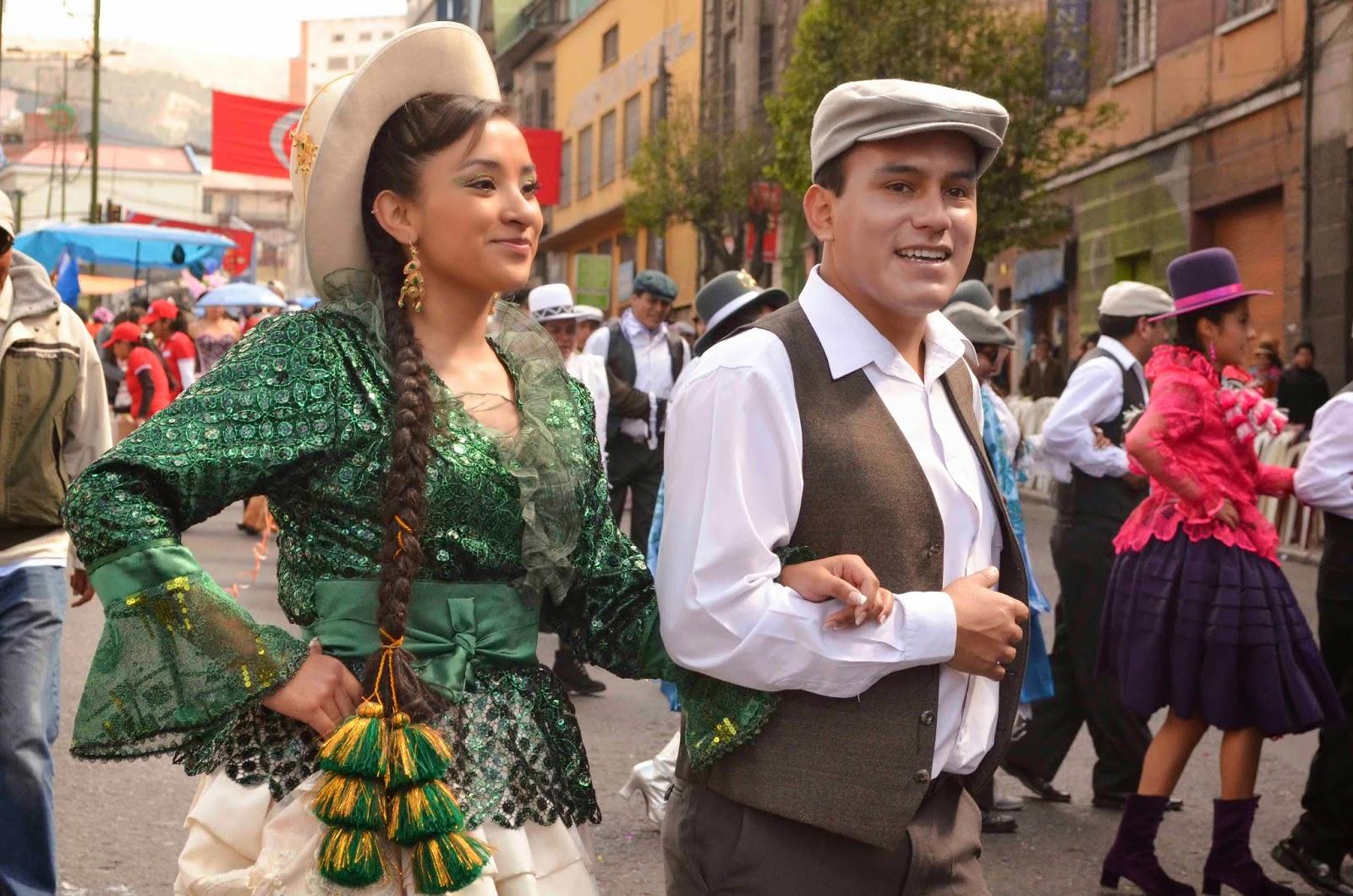 Resultado de imagen para carnaval de antaño en sucre bolivia