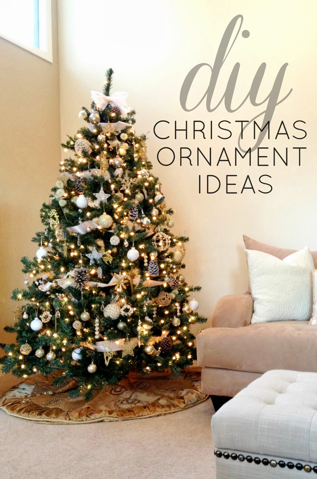 christmas - White And Gold Christmas Ornaments