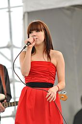 Carly Rae Jepsen-performing on Canada