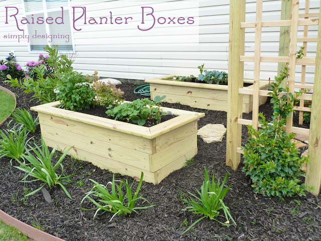 Raised Planter Boxes #gardening #spon #GroSomethingGreater