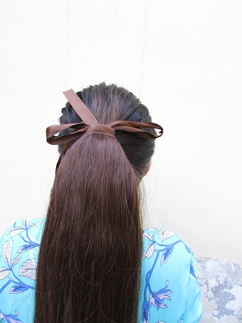 Long Voluminous Ponytail, how to get long hair, best hair extensions, cheap hair extensions india online, delhi fashion blogger, indian blogger, fashion, how to clip in extensions, how to make voluminous ponytail,irresistibleme,beauty , fashion,beauty and fashion,beauty blog, fashion blog , indian beauty blog,indian fashion blog, beauty and fashion blog, indian beauty and fashion blog, indian bloggers, indian beauty bloggers, indian fashion bloggers,indian bloggers online, top 10 indian bloggers, top indian bloggers,top 10 fashion bloggers, indian bloggers on blogspot,home remedies, how to