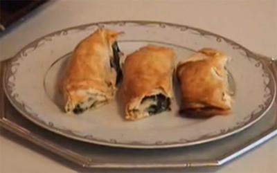Ispanaklı Kol Böreği Nasıl Yapılır - Videolu Tarifi