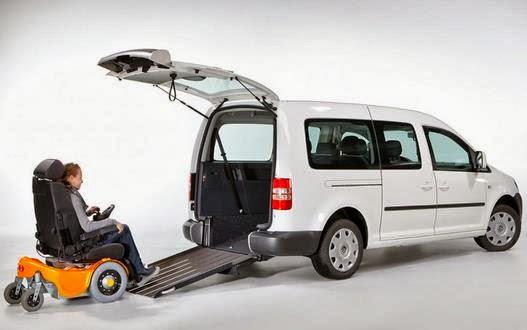 ¿Cuánto cuesta convertir una camioneta para silla de ruedas?