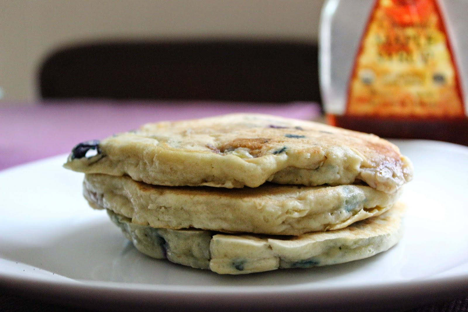 Blueberry-Banana Beer Pancakes | The Economical Eater