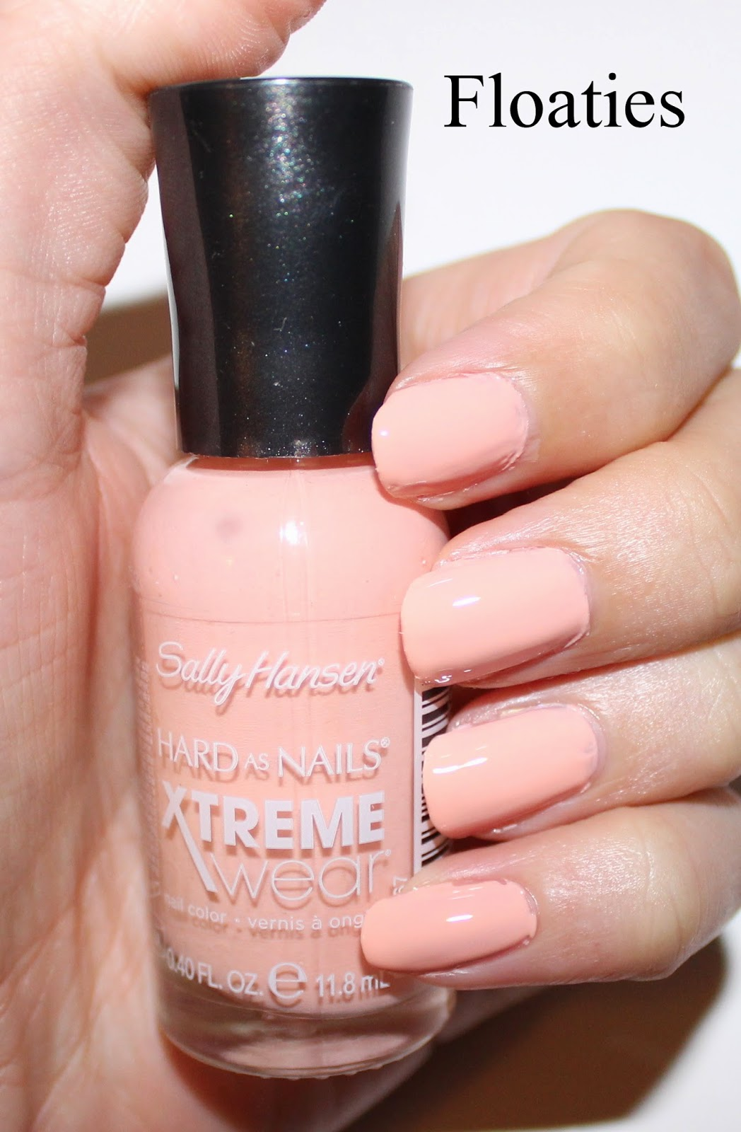 Sally Hansen Xtreme Wear in Floaties