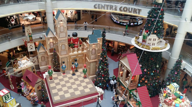 A bit of chess theme in Mid Valley