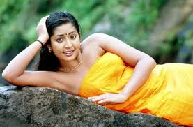 Navya Nair hot mallu actress 4