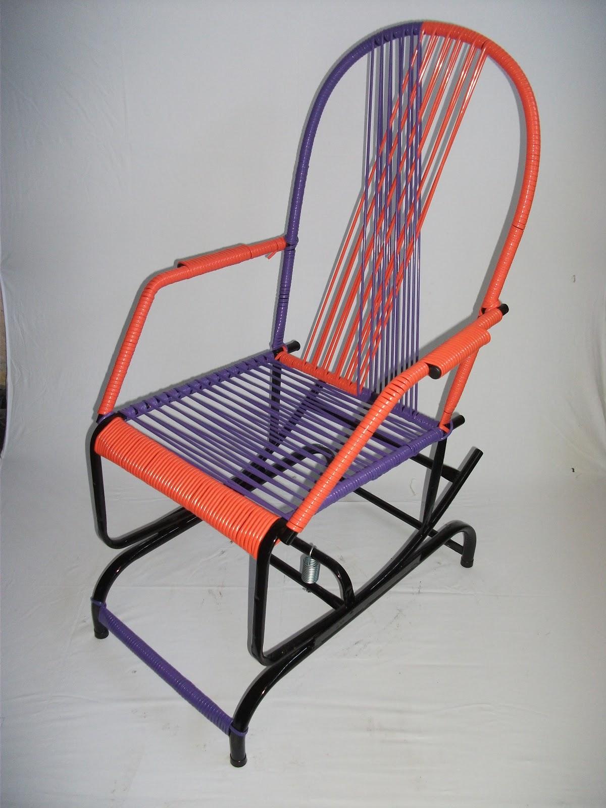 CADEIRAS DE BALANÇO: Cadeiras De Mola #B23019 1200x1600