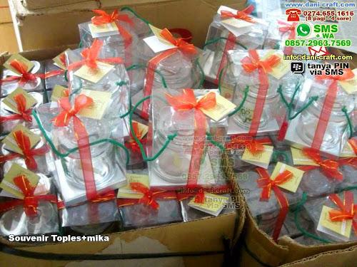 Souvenir Toplesmika Gelas Kaca Yogyakarta