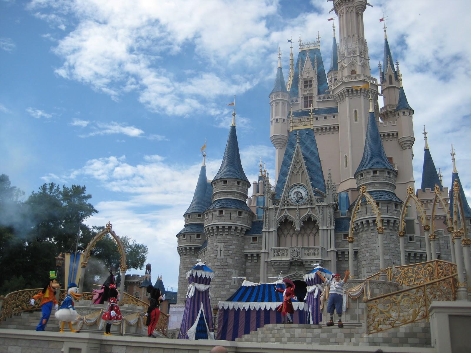 A Journey: Disneyland Orlando: Magic Kingdom: The Castle ...