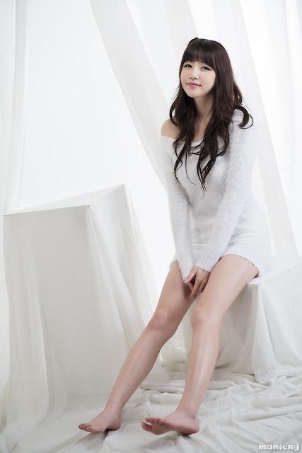 Hong Ji Yeon Hot Pictures