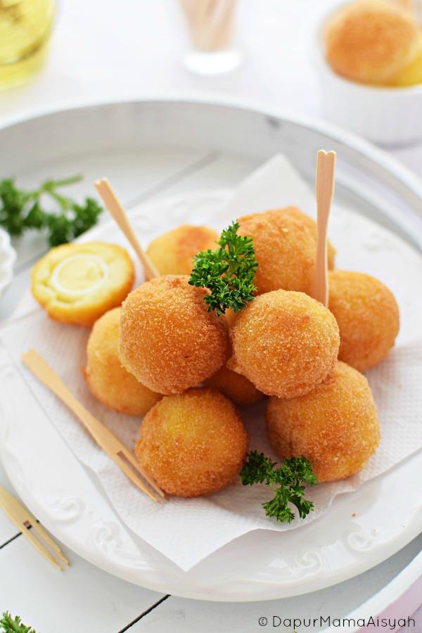 Pom Pom Potato [Kroket Kentang Keju] Isi Telur Puyuh