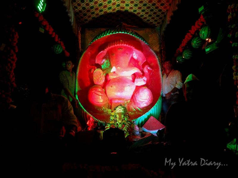 Last capture of Ganesha off for immersion during the festival of Ganesh Visarjan, Mumbai