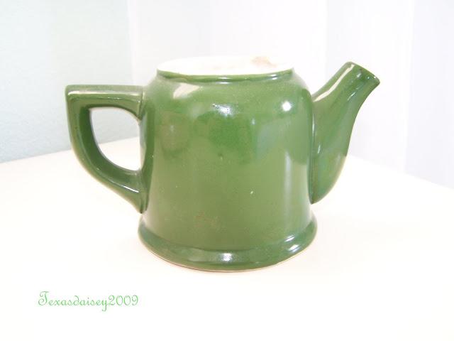 Texasdaisey: A bit O The Green Vintage Creamer Jug