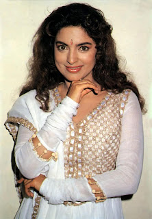 juhi chawla wallpapers hot juhi chawla extremely rare and unseen juhi