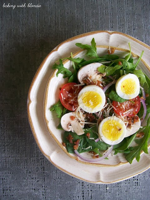 Spinach and Arugula Salad with Warm Bacon Vinaigrette