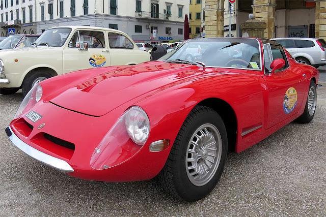 Bizzarrini 1900 GT Europa, piazza della Repubblica, Livorno