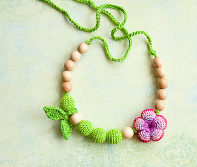 nursing necklace, breastfeeding necklace, teething necklace