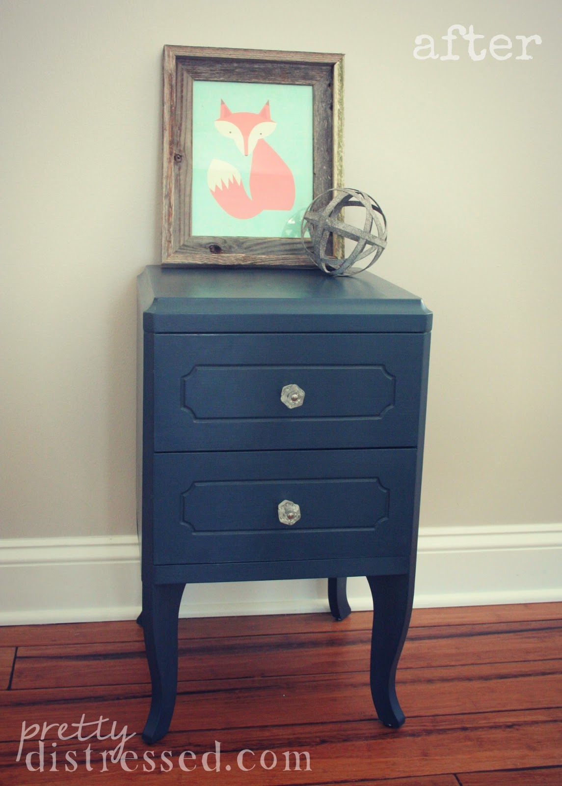 chalk paint navy