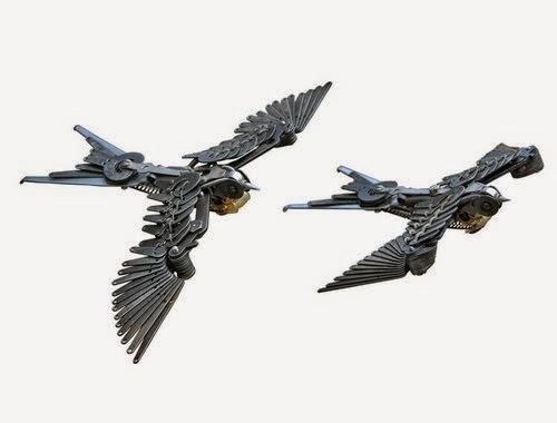 10-Jeremy Mayer-Typewriter-Robot-Sculptures-www-designstack-co