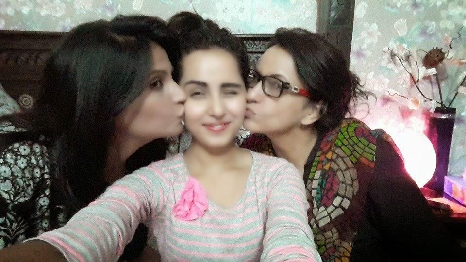 Apna Tv Zone Celebrities Gossip Watch Geo Ary Hum Express Star Plus Zee Tv Colors