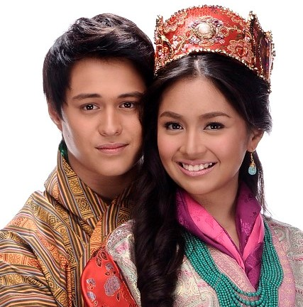 Enrique Gil and Kathryn Bernardo, Yahoo OMG! Awards 2013 Breakthrough Actor and Actress of the Year