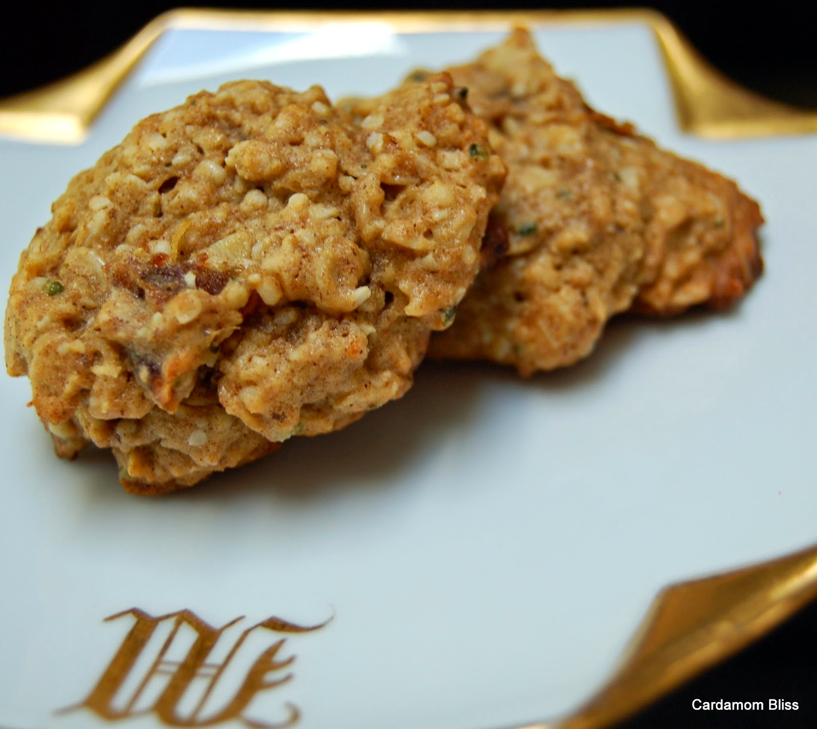 oatmeal dating Find and save ideas about date cookies on pinterest | see more ideas about date ball recipes with rice krispies, desserts with dates and recipe date oatmeal cookies.