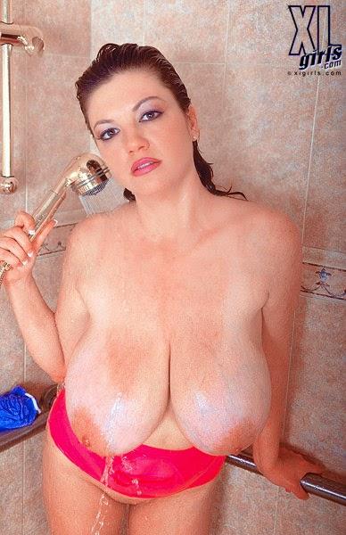 48 dd boob