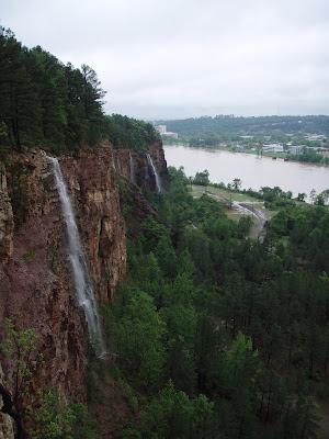 Emerald Park Waterfalls Cliffs Arkansas River Little Rock