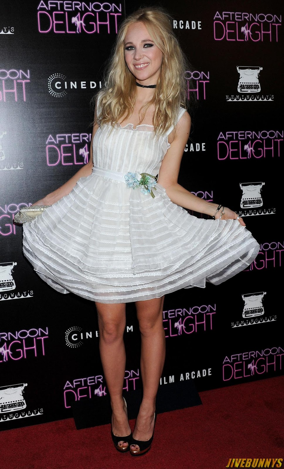 juno temple cute actress photos and picture gallery 1