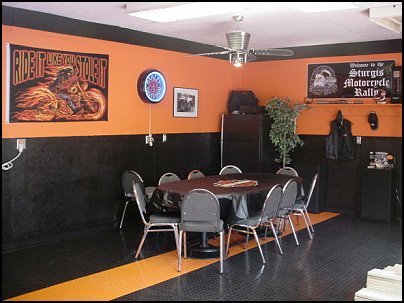 Harley-Davidson Garage Paint Ideas