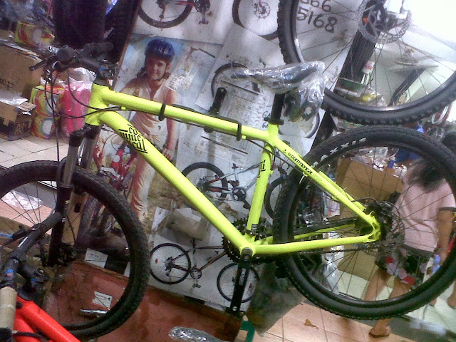 commencal elcamino yellow