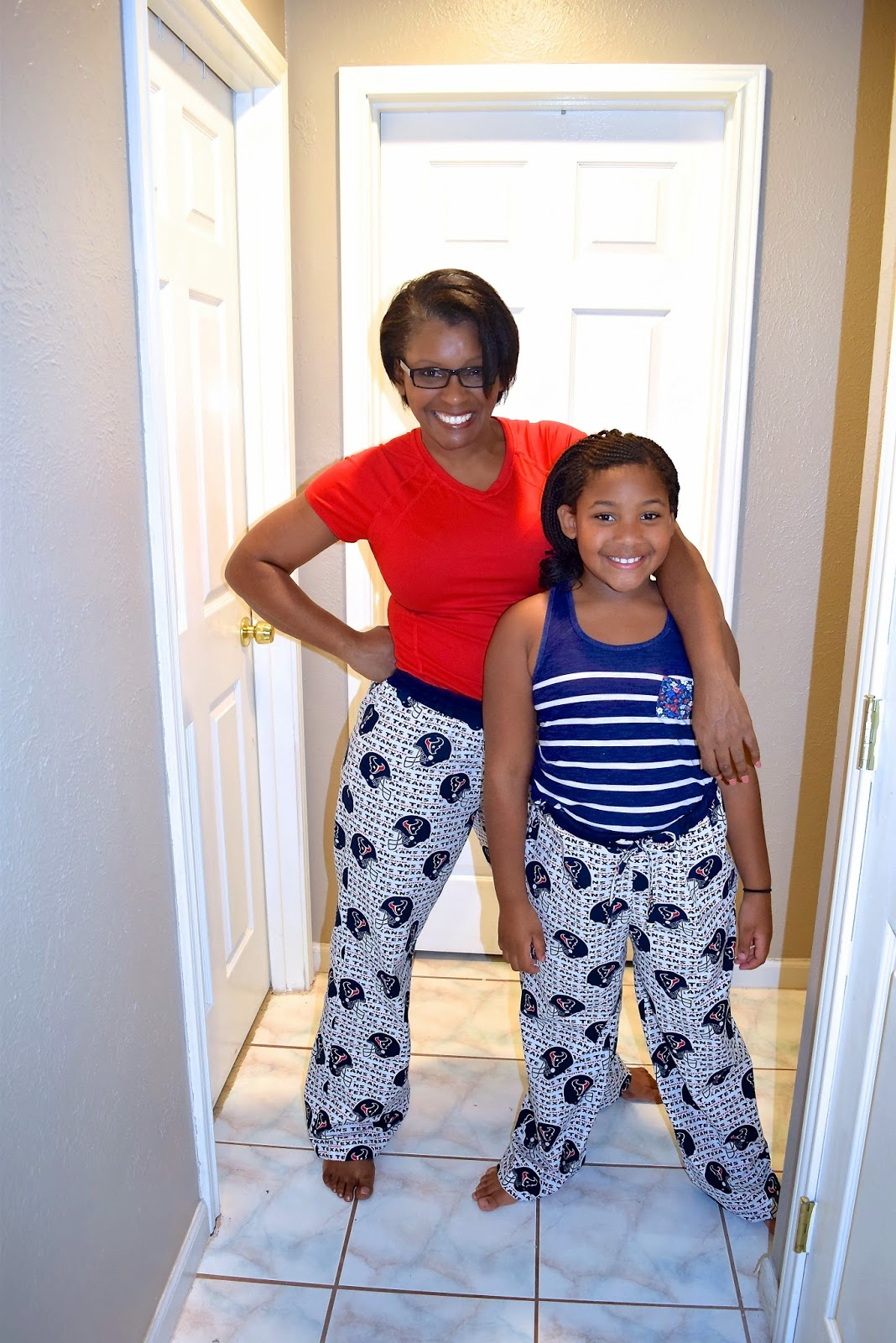 Sewing Texans NFL Football lounge pants and pajamas on sewtofit.com