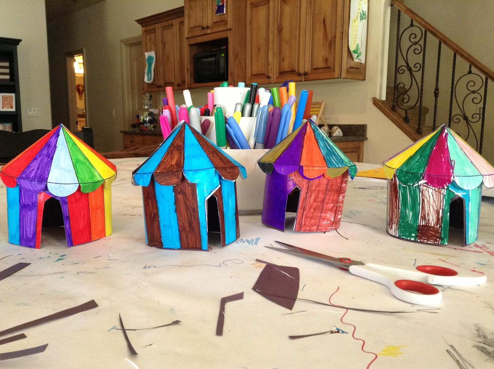On the last day of Art C& we got crafty and we made 3D Circus tents. They turned out so cute. I was so impressed by the little artists. & Rachelu0027s Art School for Kids: cIrCuS tEnTs